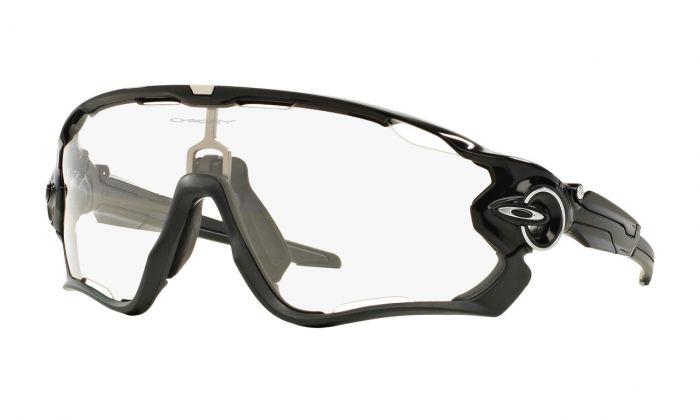 Oakley Jawbreaker polished black - Clear black iridium photochromic activated